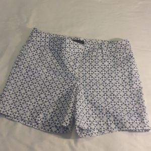 NWOT LIMITED BLUE AND WHITE SHORTS